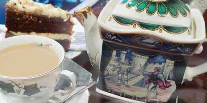 Afternoon Tea at Shakespaw Cat Cafe 1