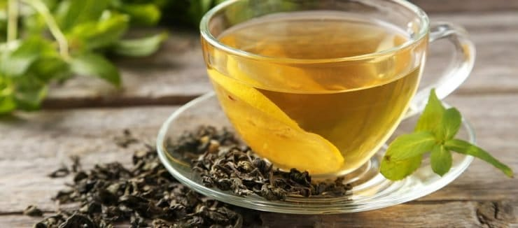 Should You Drink Green Tea Before or After Meals?